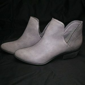 Ankle Boots Open Shank Size 7.5